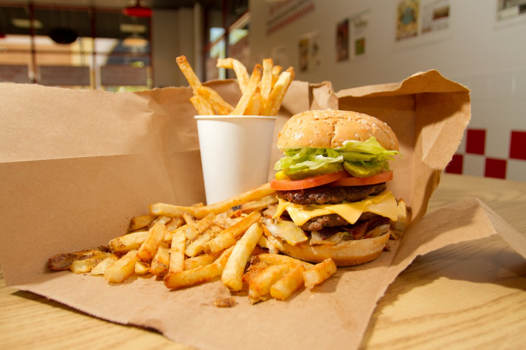 2012-five-guys-hamburger-fries-05